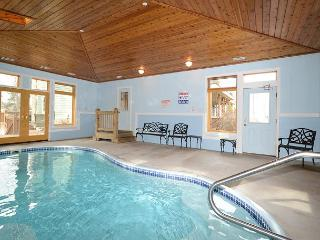 An Unforgettable Home; 2 Hot Tubs, Private Indoor Pool, 2 Dock Slips & MORE!!, Swanton