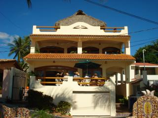 Casa de la Reyna Bucerias Mexico Oceanfront Rental