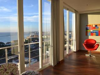 Luxury apartment,Pelorinho with amazing ocean view, Salvador