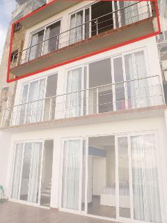 House facade (Bay side)