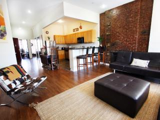AMAZING 2 BEDROOM FLAT IN MANHATTAN, New York