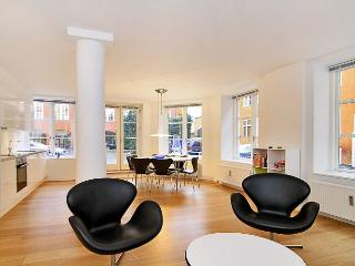 Centrally located Copenhagen apartment at Nyhavn, Copenhague