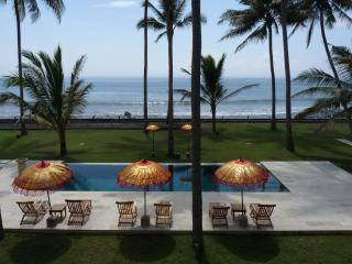 Beachfront property in front of surfing spot, Karangasem