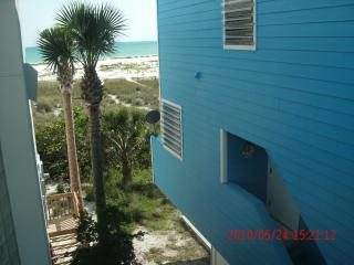 Blue Beach House South !, Sarasota