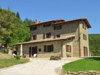 Typical house with lovely view and swimmingpool, Cortona
