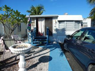 Mobile Home in Venture Out Sleeps 5 Mile Marker 23, Cudjoe Key