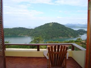 4 bedroom house in Paraty with marvelous view, Parati