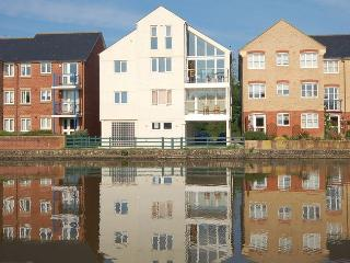 KINFI Apartment situated in Bude