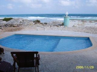 Casa Rosa-Great Waterfront Family Vacation Spot, Isla Mujeres