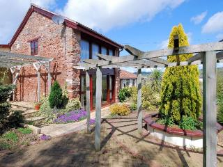 OLDCA Cottage situated in Bristol (6mls S)