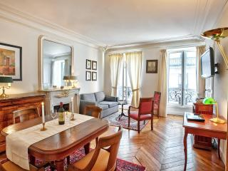 Classic Luxe in Best Location Ctral A/C 2BedR+2BhR, Paris