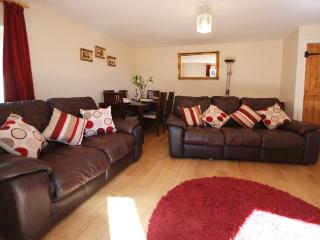 PARRY Barn situated in Newquay (3mls E)