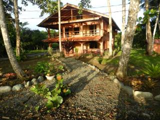 4 Bed, 4 Bath House 50 feet from Caribbean ocean, Puerto Viejo de Talamanca
