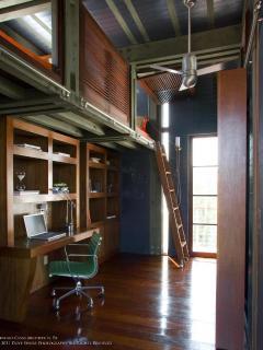 bunk beds (kids room)