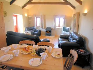 ROOSR Barn situated in Sennen (2mls NE)