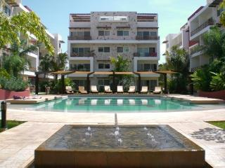 Summer offer!!! Fun - Fabulous Boutique Condo!, Playa del Carmen