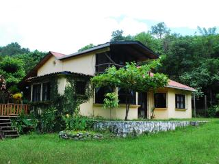 Semuc Champey, Lanquin ,Beautiful riverside house