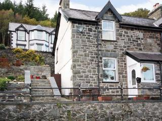 1 TAN Y FEDW semi-detached, WiFi, stone cottage with terraced garden on edge of Snowdonia in Trefriw Ref 18808