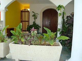 Old Mexico Style, Four Bedrooms, Pool-La Hacienda, Isla Mujeres