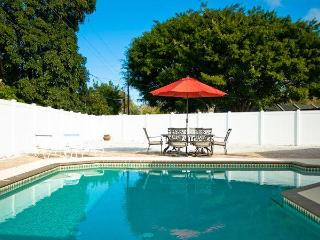 3 bedrm, 3 bath, large private pool, Bradenton