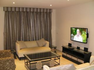 Hamptons Short Let Luxury Apartment, Lagos Nigeria, Lekki