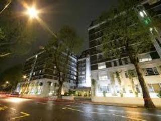 Modern Serviced 1 Bedroom Apartments in Kensington, London