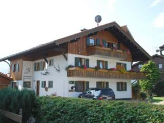 LLAG Luxury Vacation Apartment in Bolsterlang - 700 sqft, calm, warm, relaxing (# 3171)