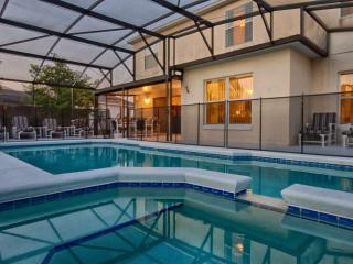 Jasmine Villa with 5 Bedrooms and a Hot Tub, Kissimmee