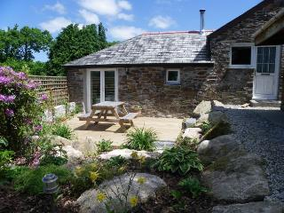 COBNU Barn situated in Padstow (10mls SE)