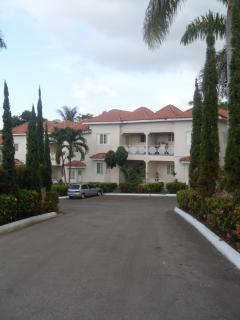 24 Unit Townhome Complex - 20 minutes from Montego Bay Airport