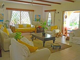 Acacia Cottage - 3 Bedroom Watamu Home