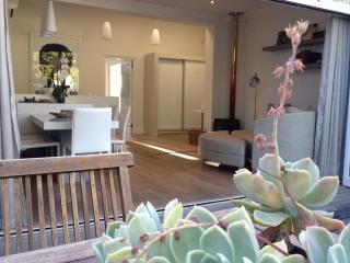 Elegant Stellenbosch apartment: Tuishuisie