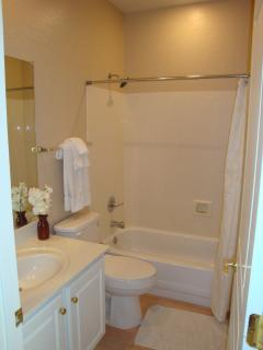 Lovely second bathroom just off second bedroom.