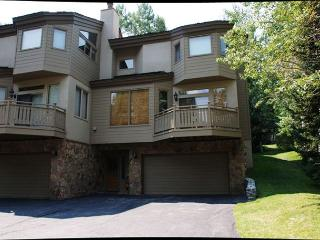 Golf Course Townhome #61 4 Bedrooms 4 Bathrooms Gold Unit