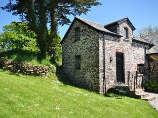 FOLLY Barn situated in Bideford (9mls S)