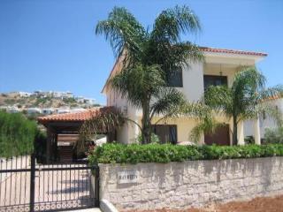 UNRIVALLED 4 bedroom villa, Pissouri Bay,FREE WIFI