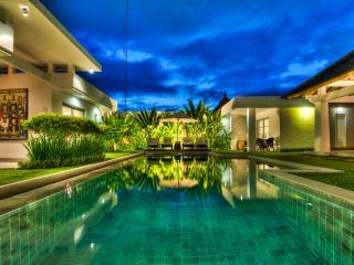 Totally Awesome 4 Bdrm/4Bath Villa / Seminyak,Bali