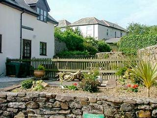DAIRY COTTAGE upside down accommodation, shared use of swimming pool and games room in Bude Ref 19586