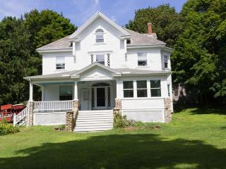 24 Old Plymouth Rd, Sagamore Beach