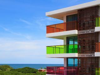 Seaview Studio/1BR/2BR: Rocco Huahin-200m fr Beach, Hua Hin
