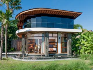 Villa Ocean Breeze:Hilltop Luxury Villa with pool