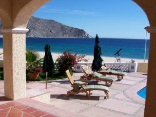 VILLA LOS FRAILES: PERFECT AWAY FROM IT ALL  VILLA, Los Cabos