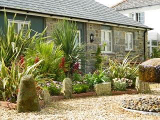 BODCO Cottage situated in Truro (3mls N)