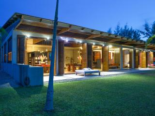 The Reef House - Vanuatu's Premier Holiday Home, Port-Vila