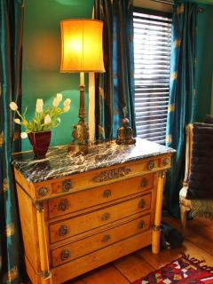 Bedroom, Empire chest of drawers