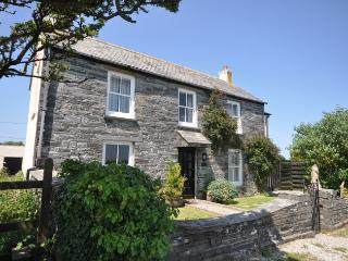 TIMOO Cottage situated in Tintagel (3mls S)