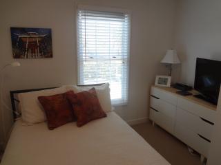 Full guest bedroom