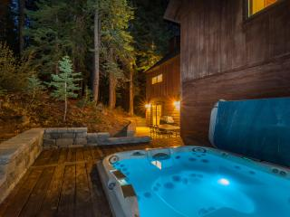 Luxurious living, scenic mountain setting, entertainment galore., Truckee