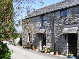 BOLTS Cottage situated in Port Isaac (9.5mls E)
