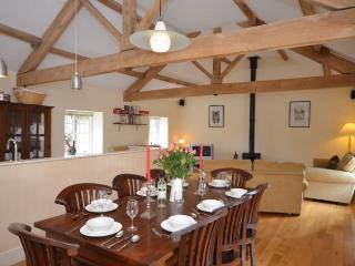 MAEWY Barn situated in Hay-on-Wye (5mls SW)